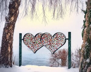 valentine-2065699__340